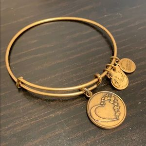 🎀 3/$30 All A & A 🎀Alex & Ani Heart Bracelet